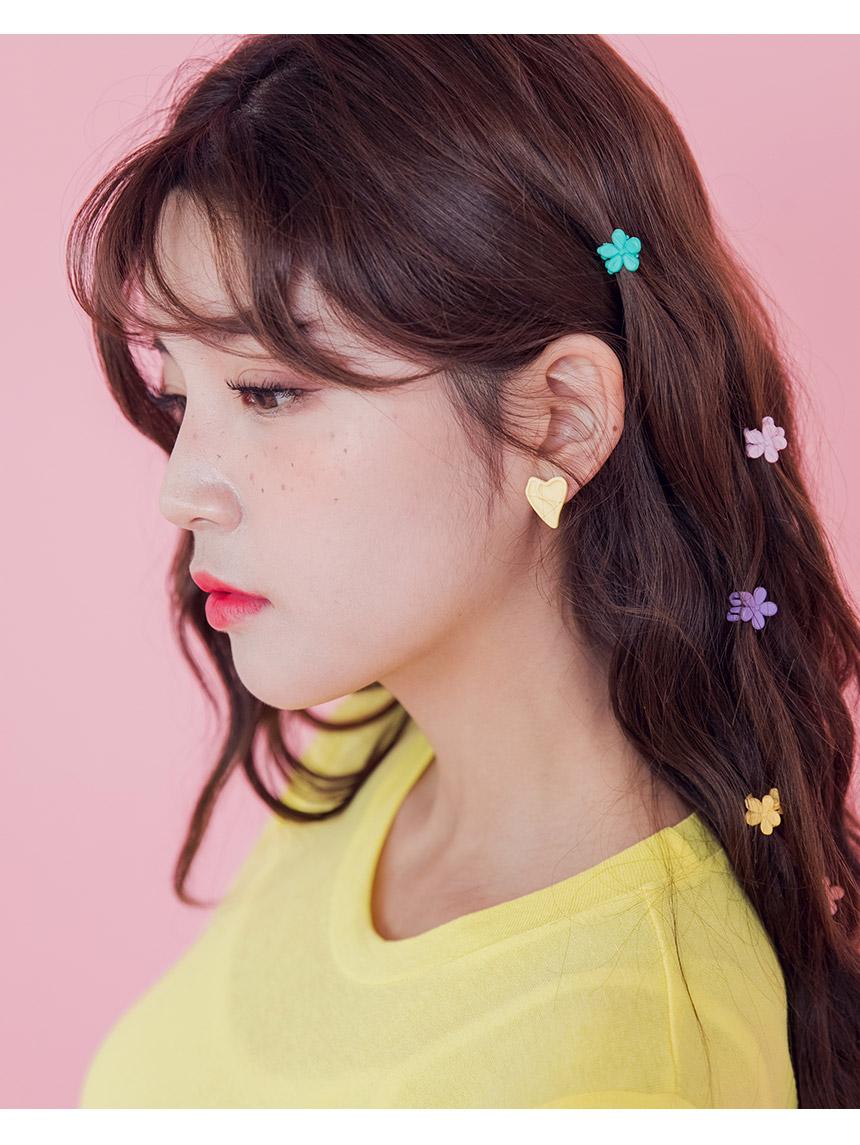 Seamed Heart Earrings