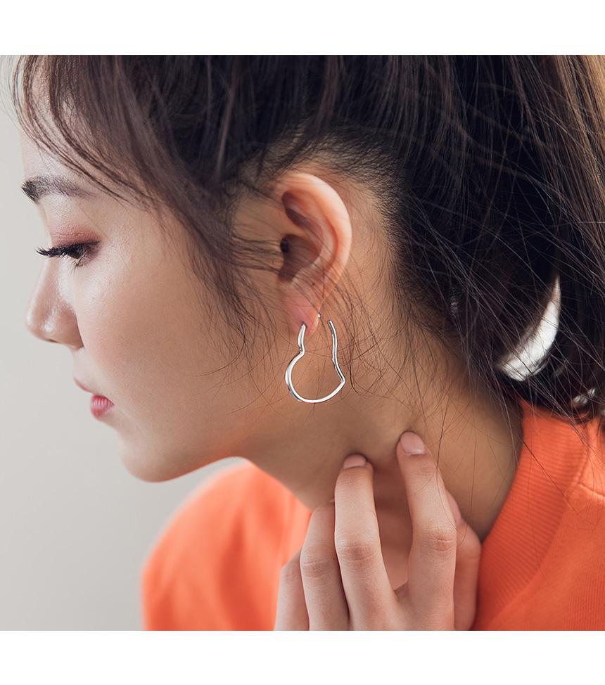 King Heart Earrings