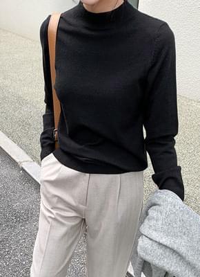 Basic half neck knit
