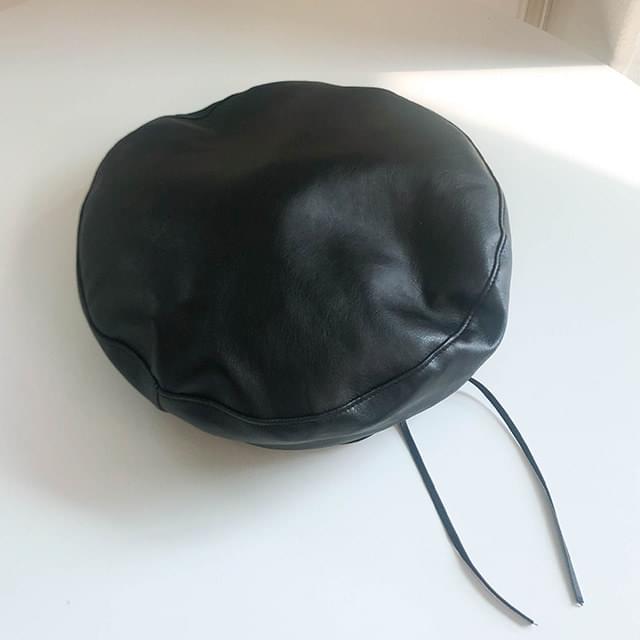 Fake Shirley Leather Beret 帽子