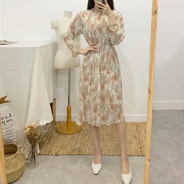 Able Flower Pleats Long Dress dresses