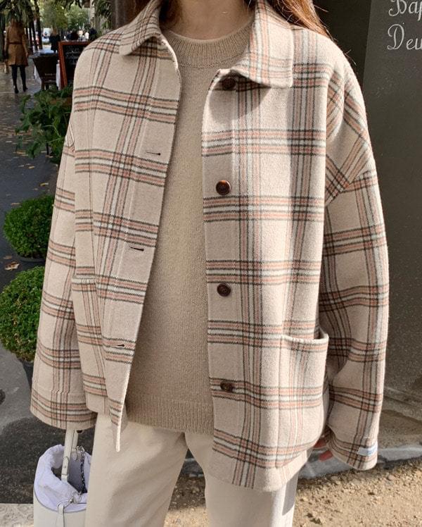 hay half wool handmade coat