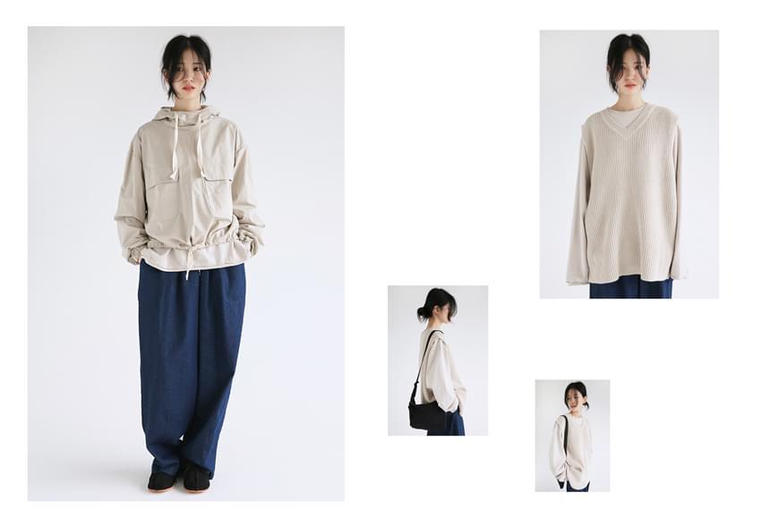 knit v neck vest