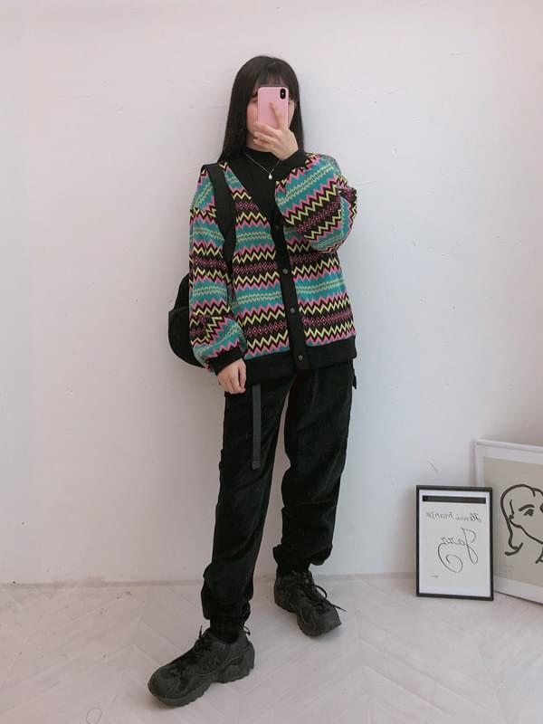 Retro knitted cardigan