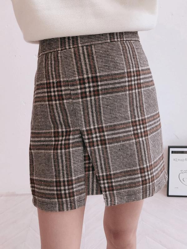 Check mac trim skirt