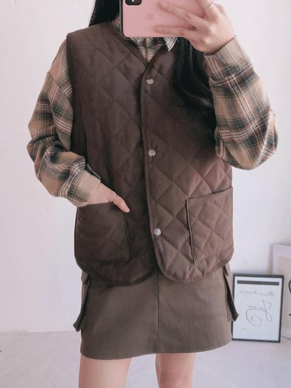 Thin square vest