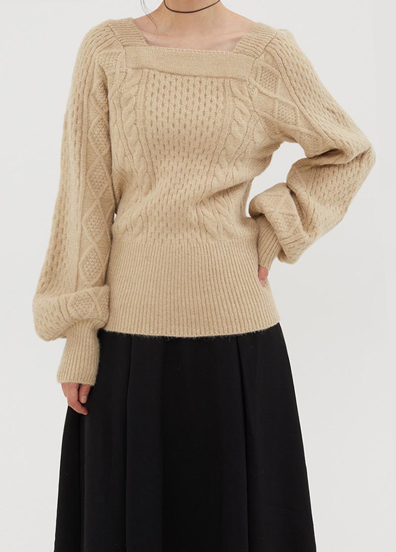 A-line wide skirt