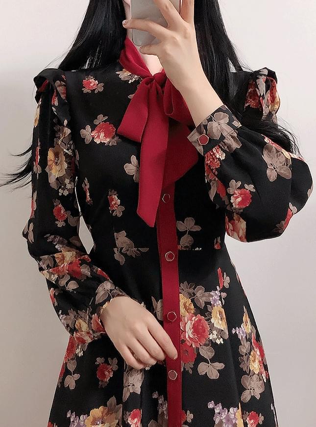 Heidi Flower Ribbon Dress