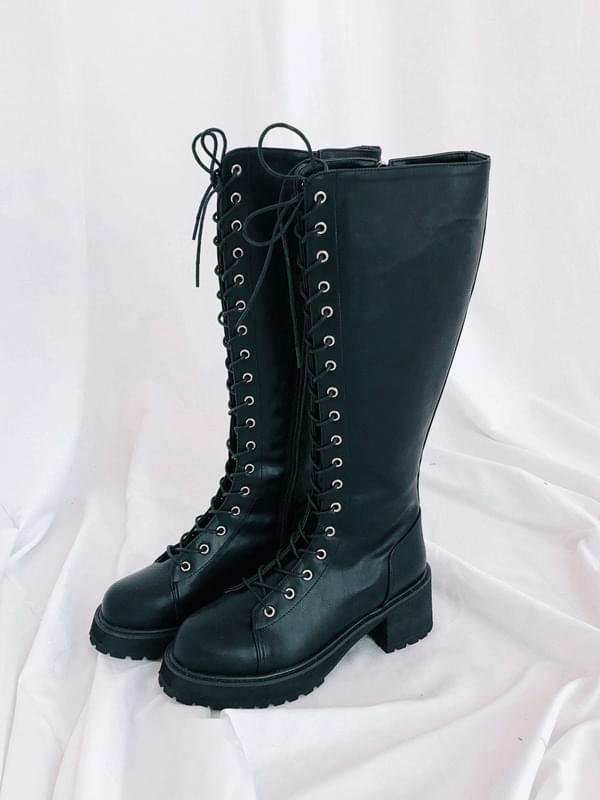 Lace-up Long Walkers Boots