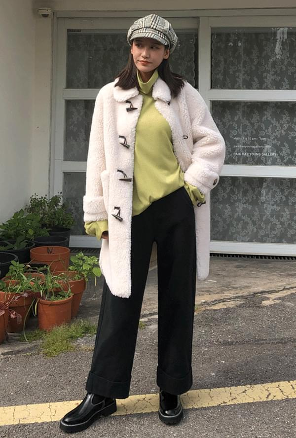 Fleece Tteokbokki Coat