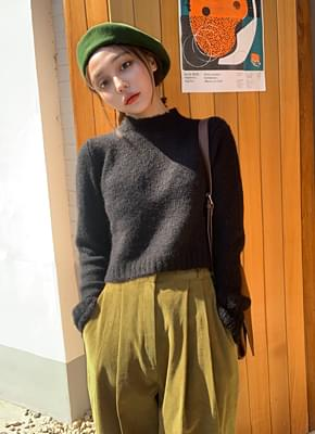 Mohair Cropped Half Neck Knit