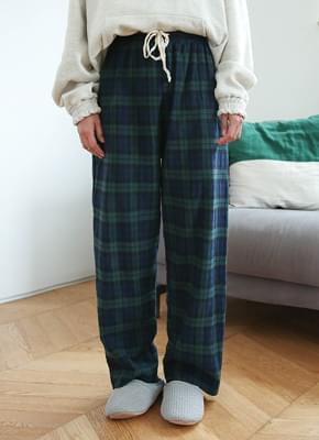 Check banding pants