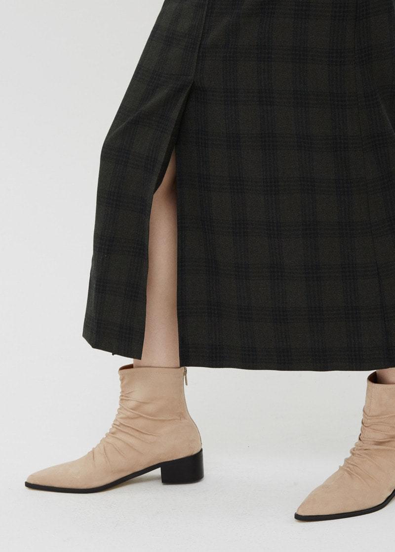 Winter check skirt