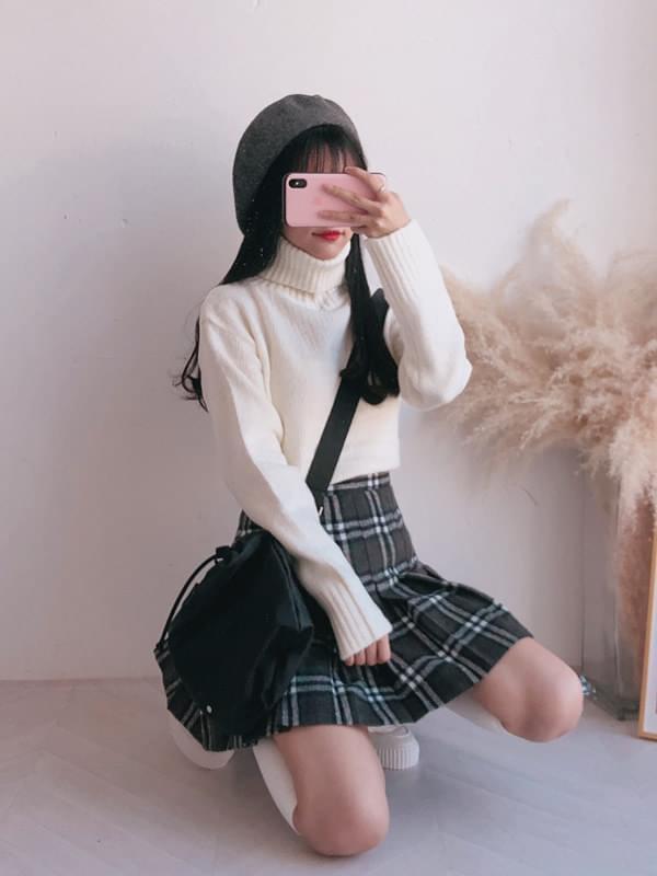 Berry Polar Knit