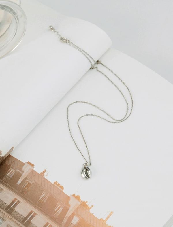 shell shape unique necklace