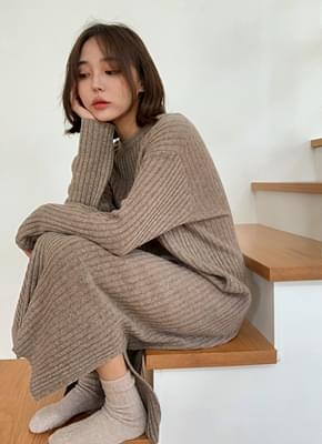 Wool knit trim dress