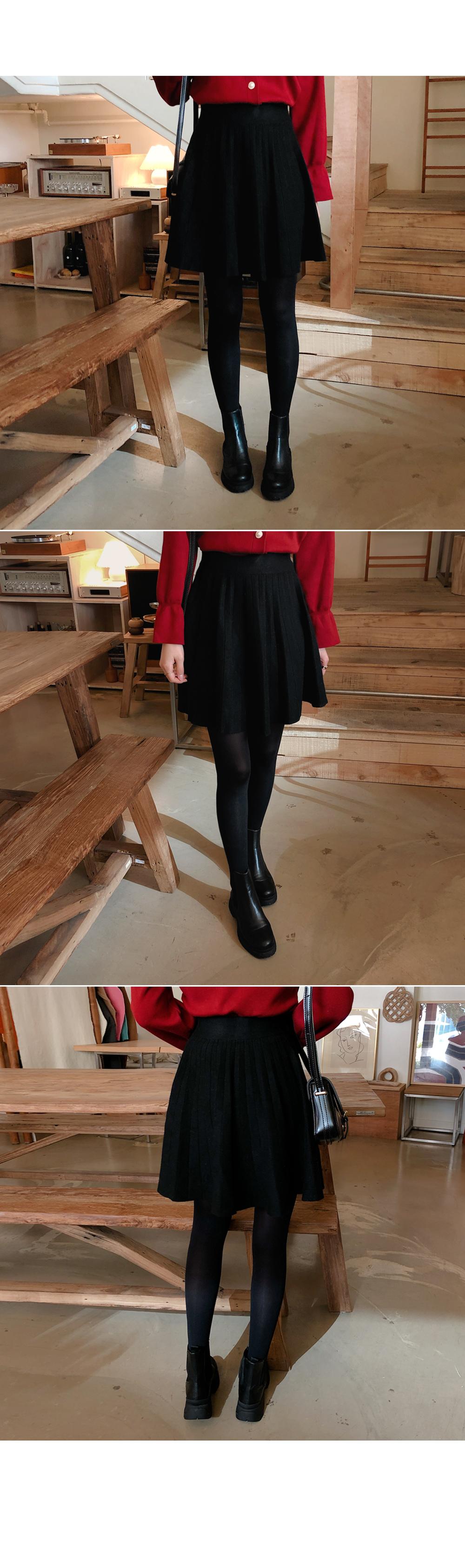 Flared Mini Knit Skirt