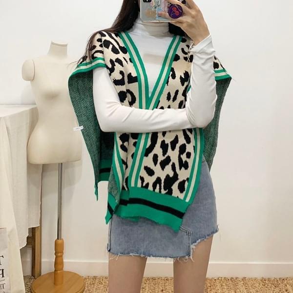 Baron leopard knit shoulder