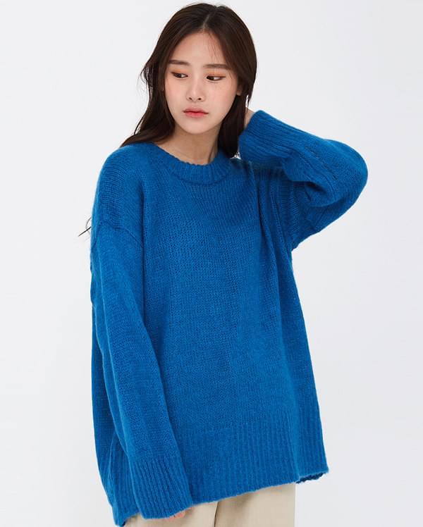 finish round overfit knit