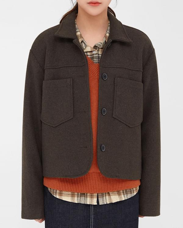 a comfortable maple jacket