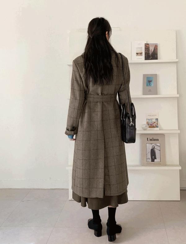 Classic check slit wool coat