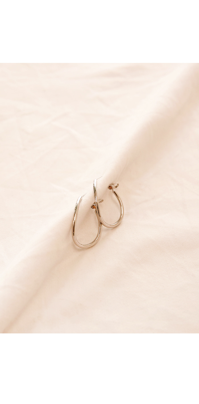 CURVE ONE TOUCH BOLD EARRING