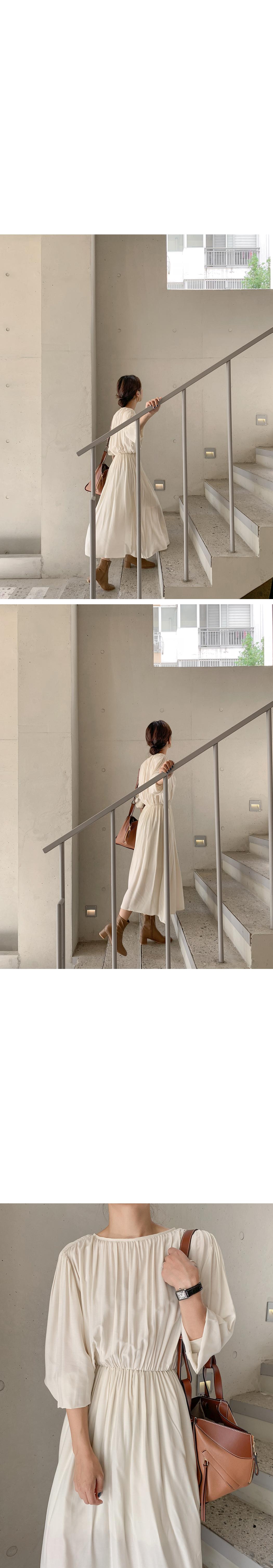 Melting Silk Kissing Long Dress