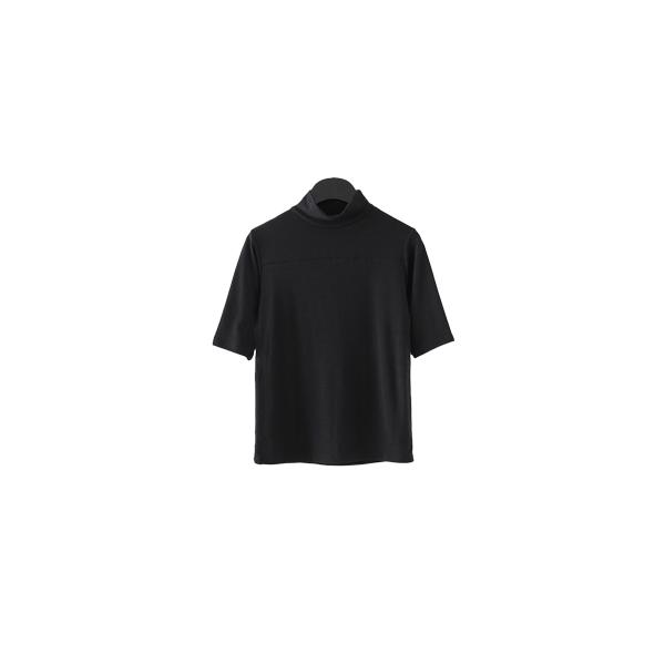 line mock neck half sleeve top