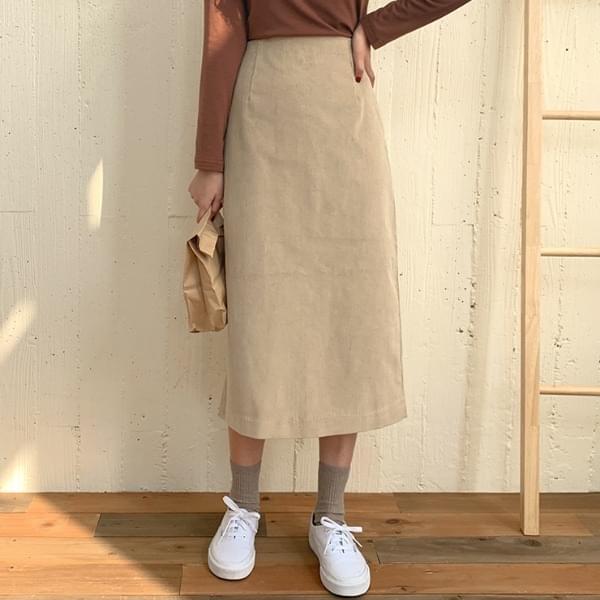 Labyrinth corduroy skirt