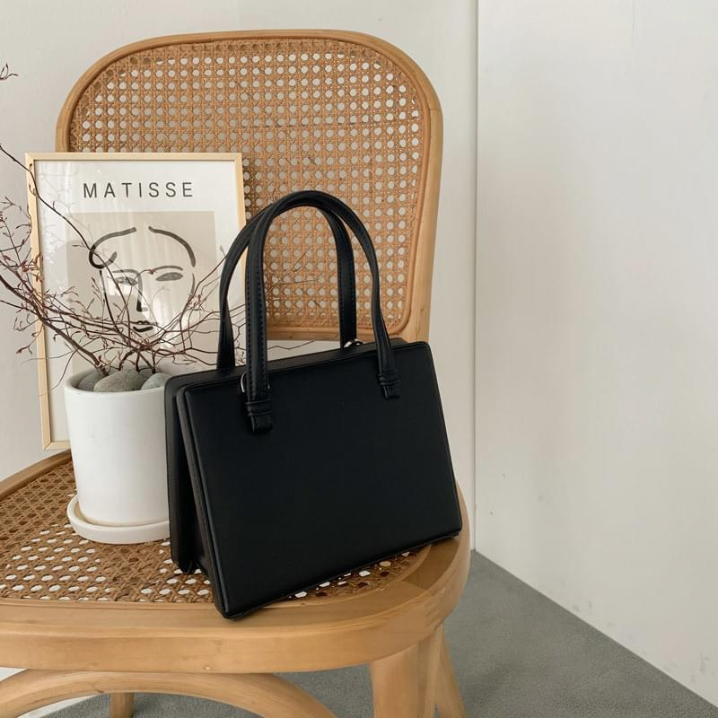Square dulle bag wine
