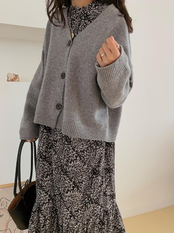 Marantz semi-crop cardigan 開襟衫 & 背心