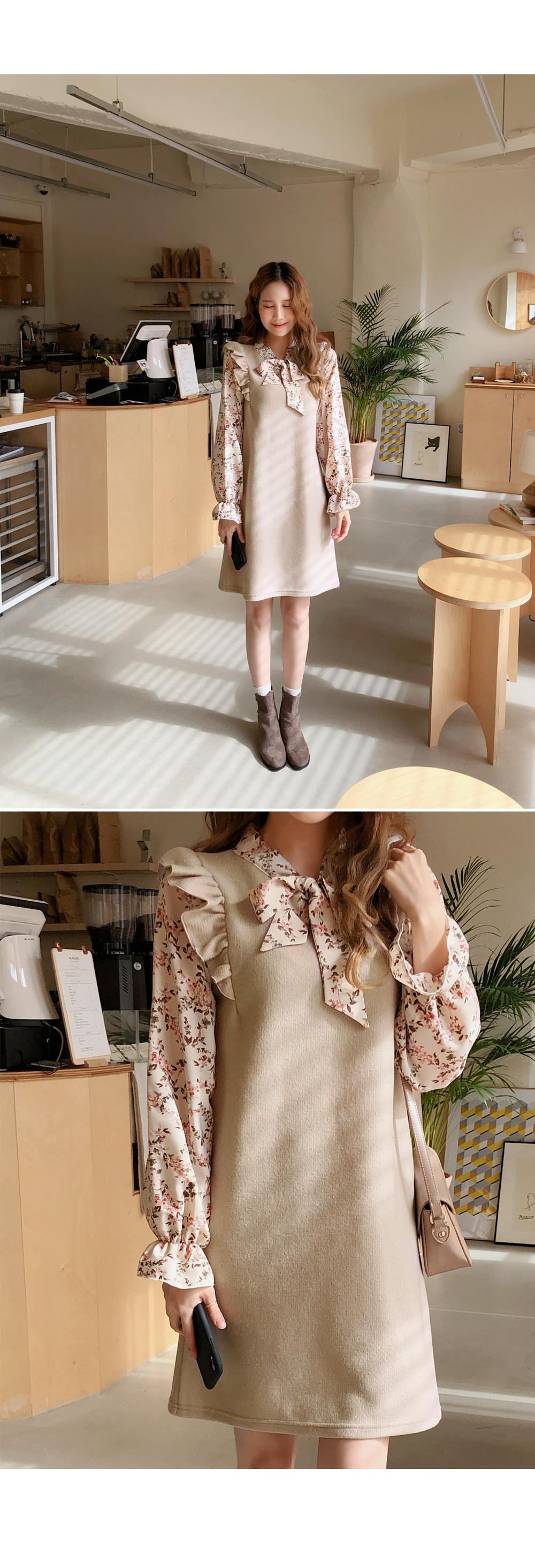 Flower wool wing dress