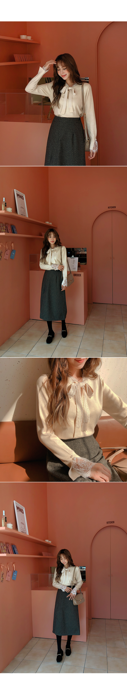 Deep color skirt