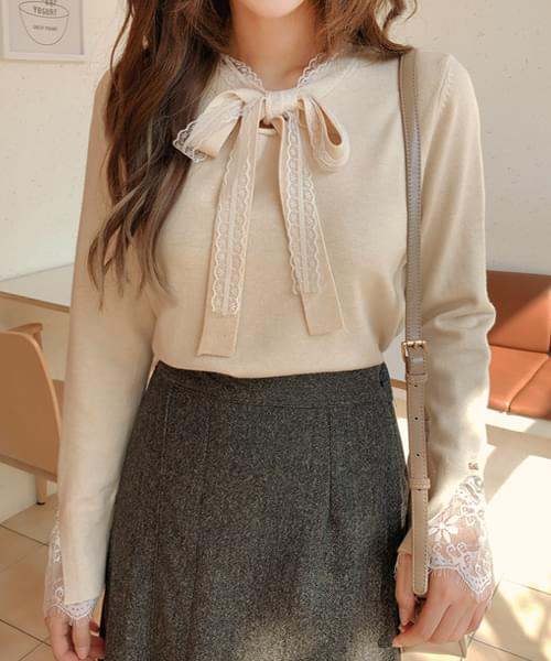 Jelly Fit Lace Ribbon Knit