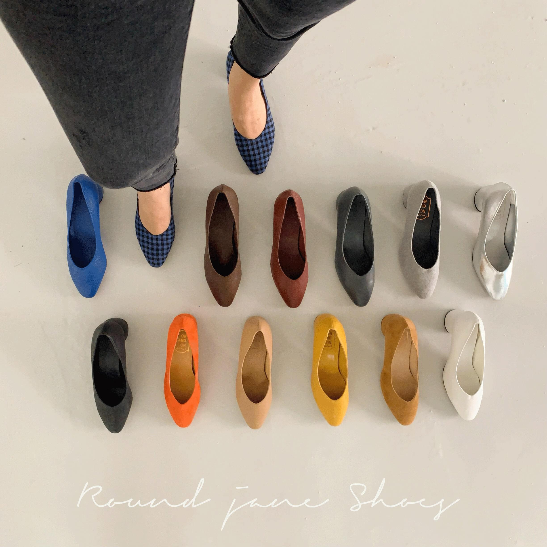 Round jane shoes