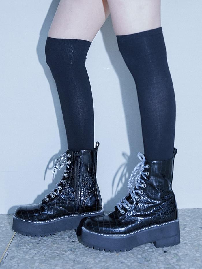 leather stitch pattern walker boots 靴子