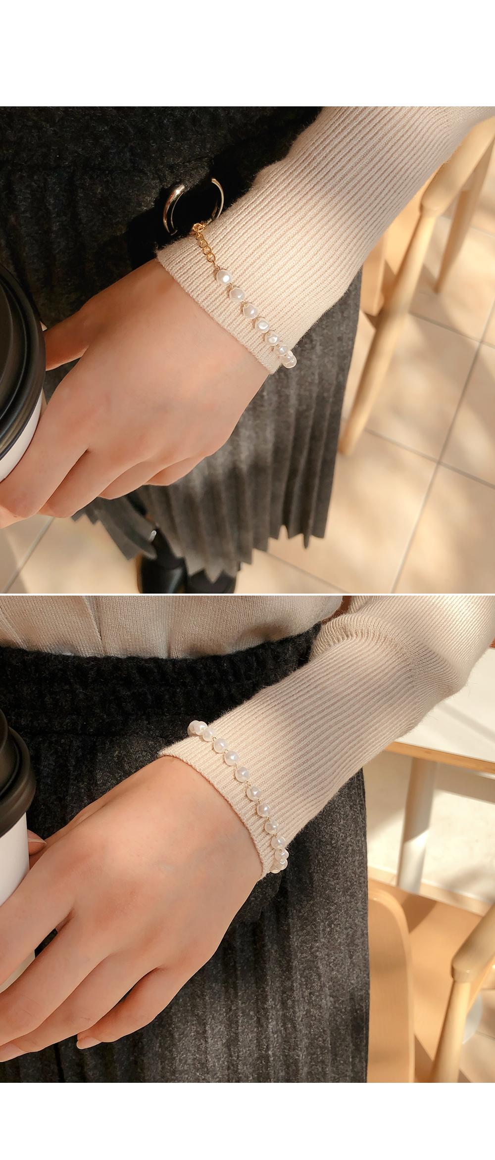 Elegant style bracelet