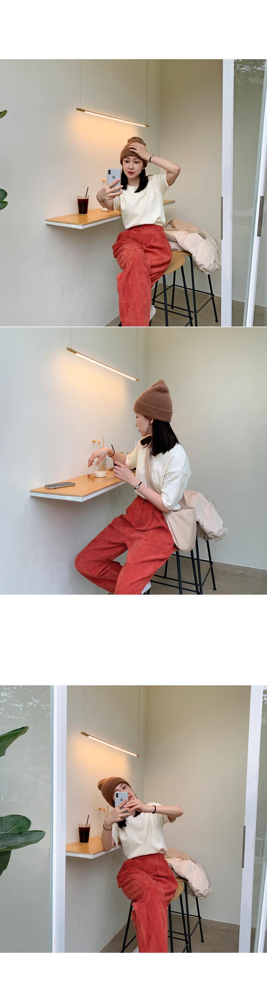 Angora fury hat orange