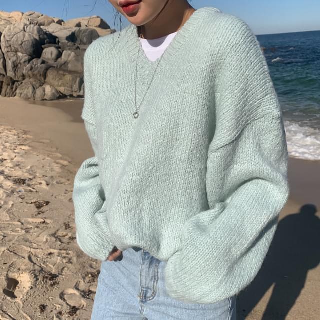 Daily pastel V neck knit