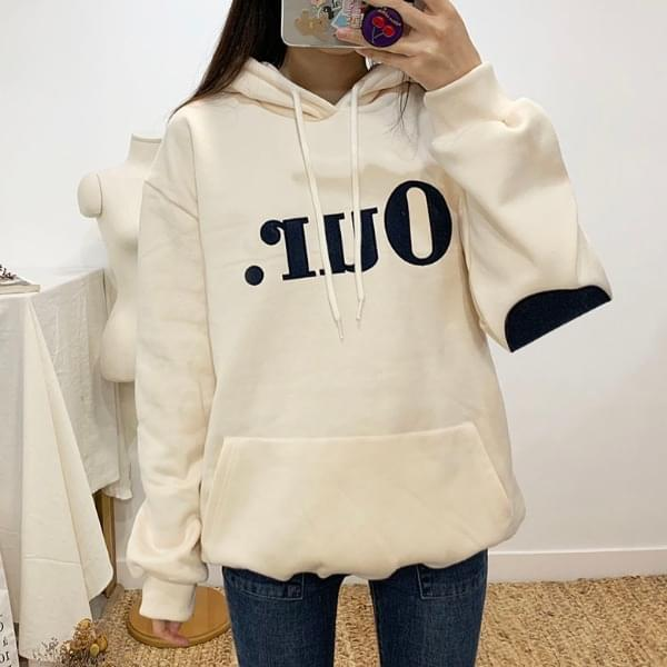 Hour brushed patch hooded t-shirt
