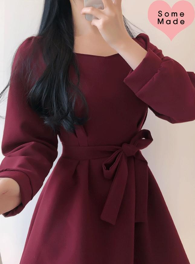 Self-made ♥ Hershey Heartneck Pin Tuck Dress 洋裝
