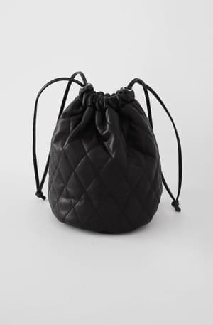 Quilting leather mini-bucket bag