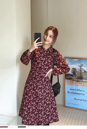 Daily small flower dress