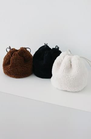 Shear Ringer Mini Bucket Bag