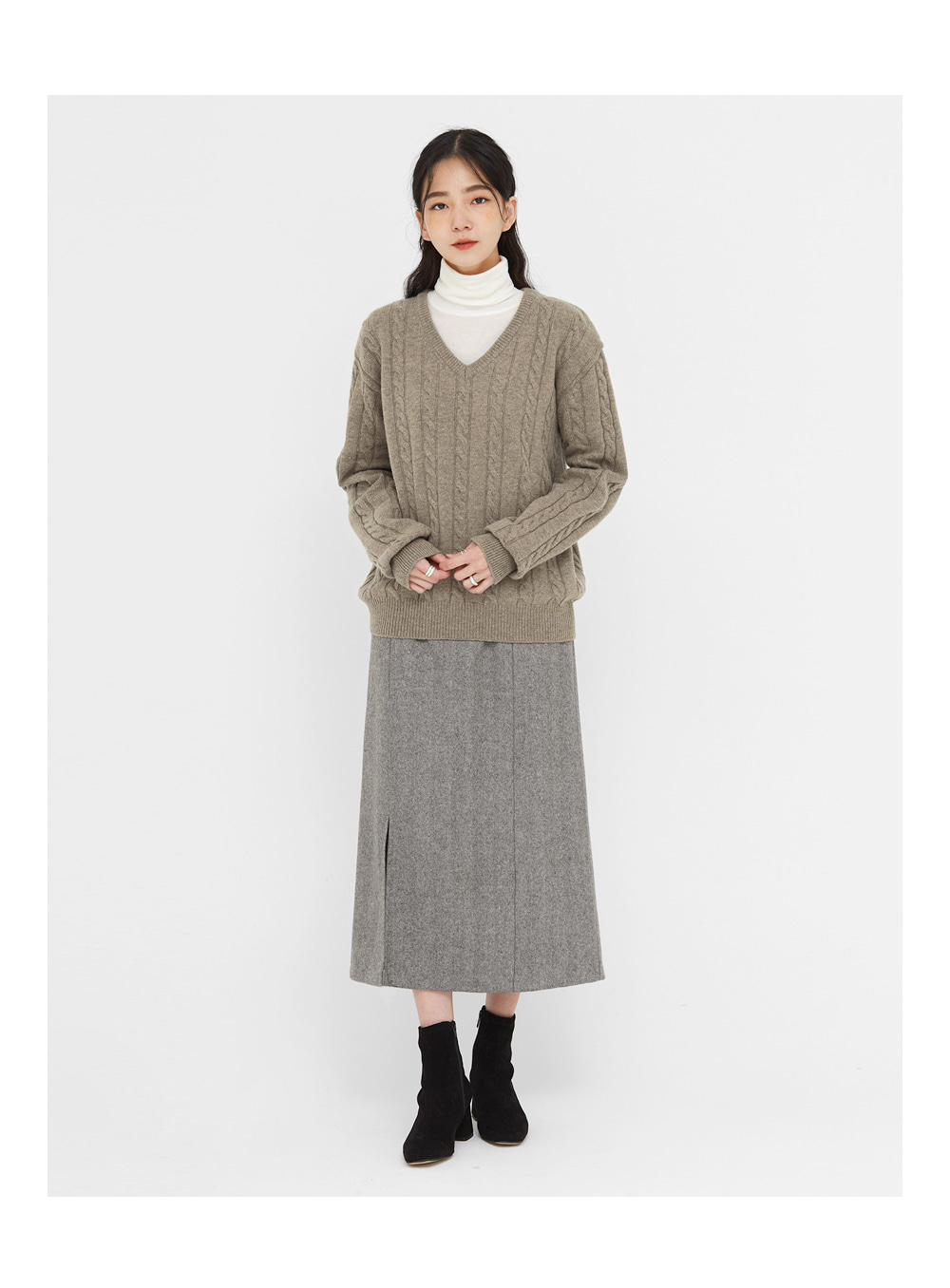 noble cable v-neck wool knit