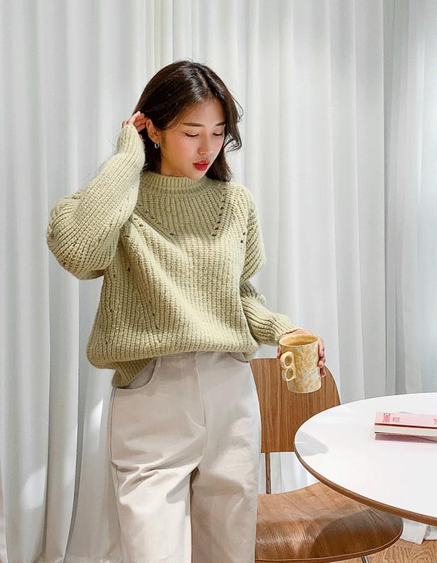 Oz punching knit