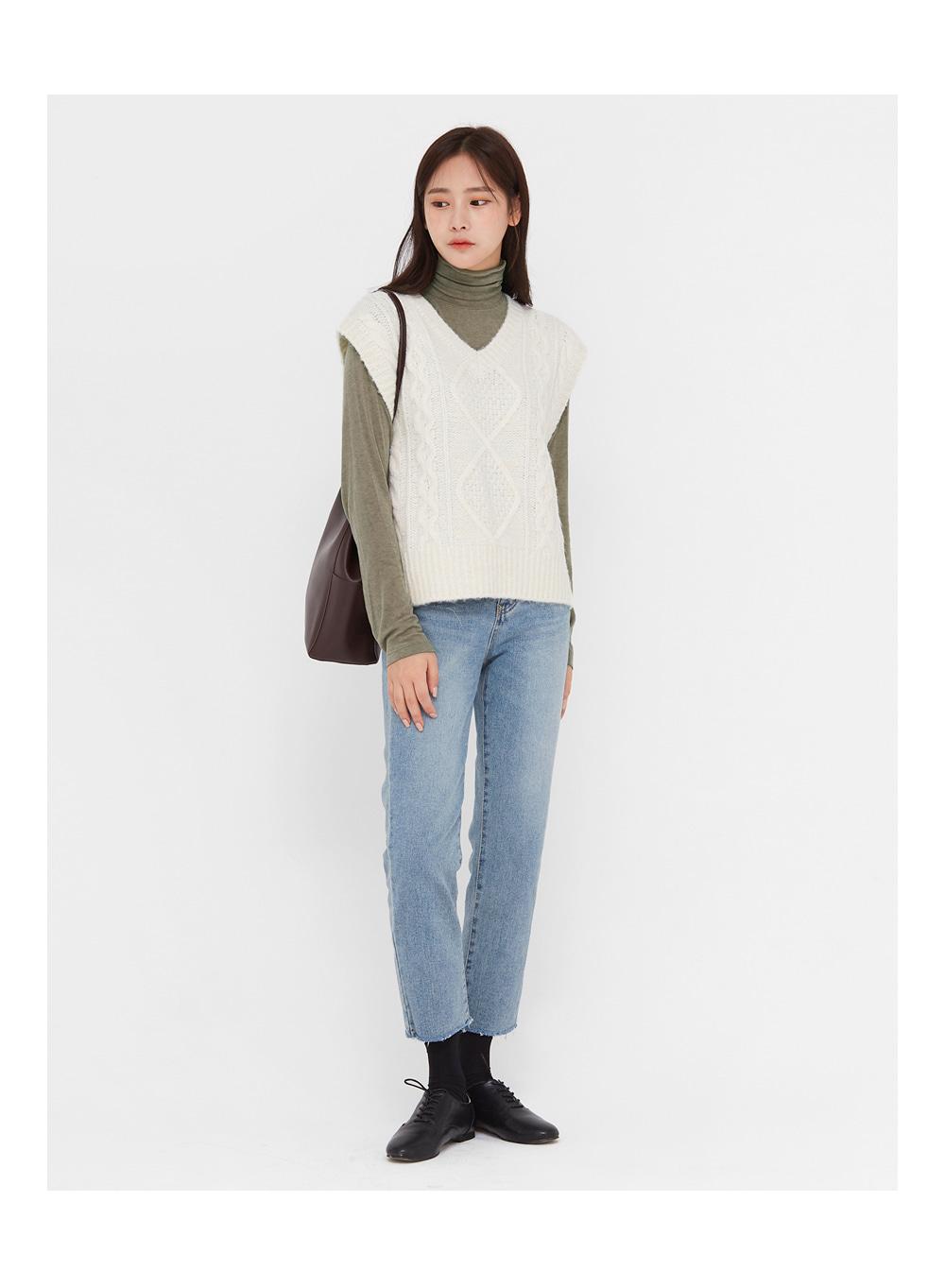 ondo tencel wool high neck T