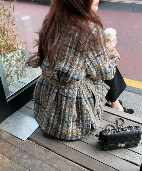 Stylish tweed jacket