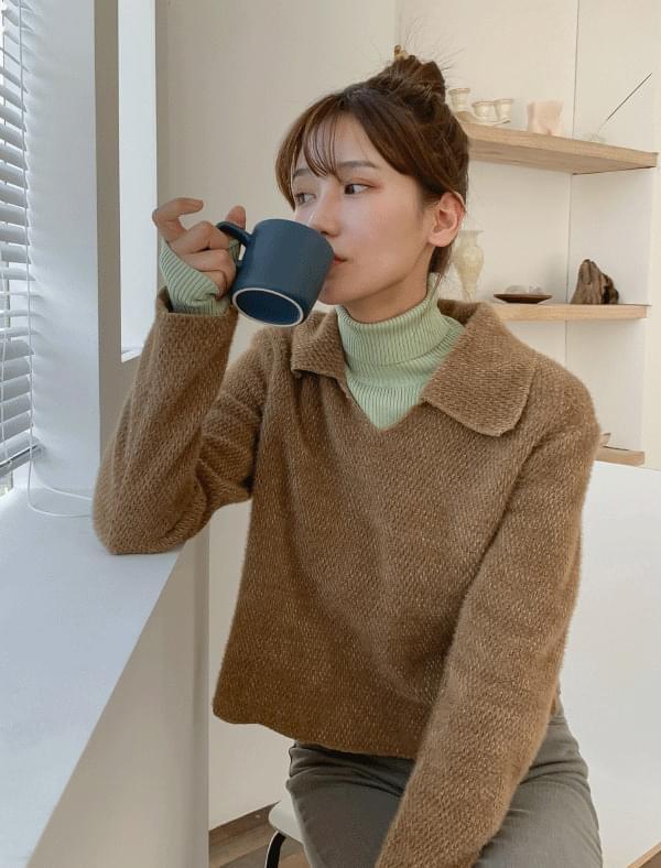 Semi crop collar neck wool knit