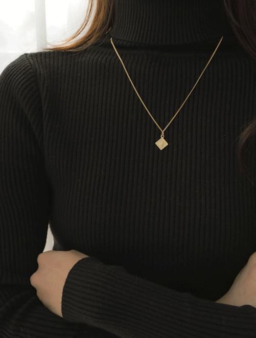Elizabeth layered necklace